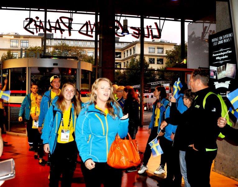 Yrkeslandslaget hälsas välkommet till sista dagens tävlingar